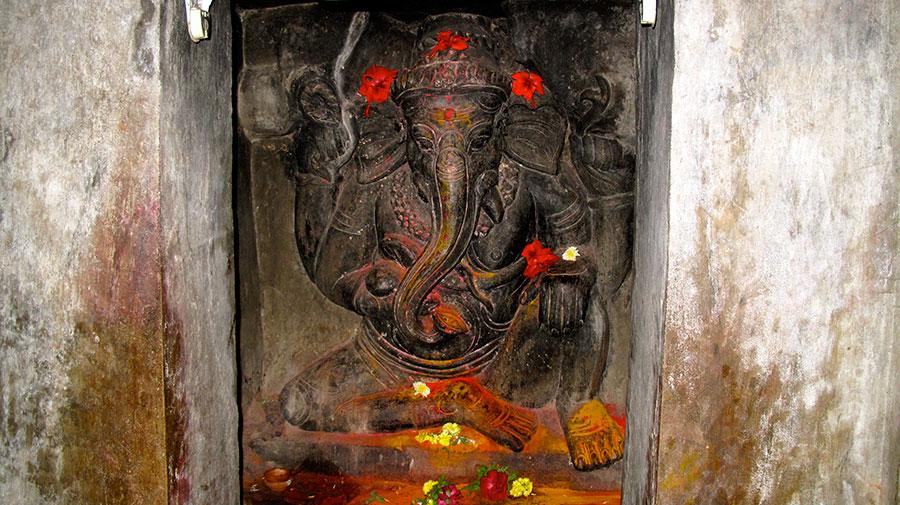 Ganesh-India-scultura