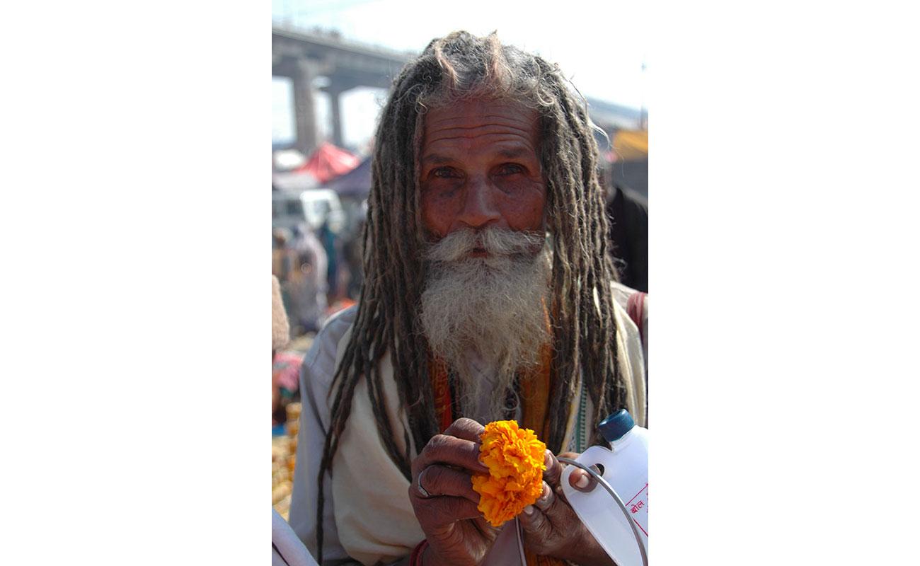 Volti-India